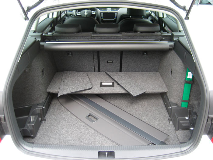 Škoda Octavia Combi. Modelo 2013. Maletero