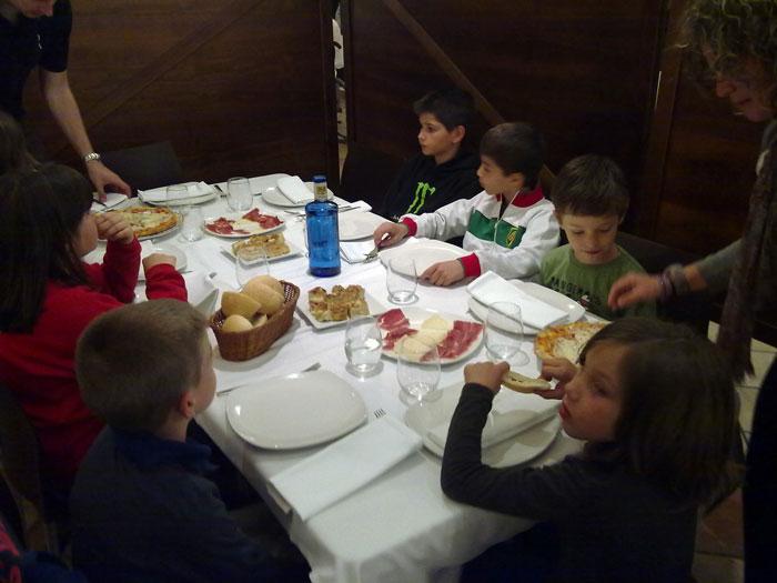 Eco Desafío 2013. Restaurante en Cuenca