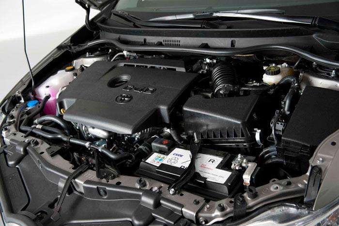 Toyota Auris. Motor