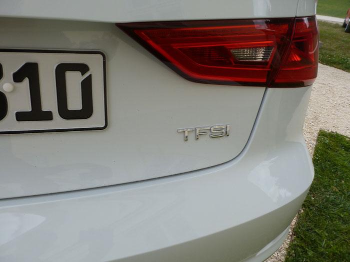 Audi A3 Sedan. 2013. Motor TFSI.