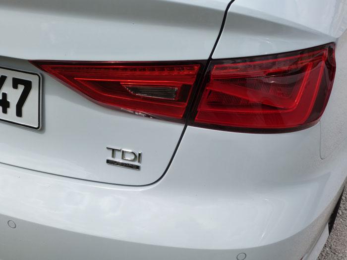 Audi A3 Sedan. 2013. Motor TDI quattro. Blanco Amalfi. Piloto