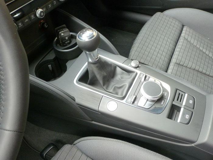Audi A3 Sedan. 2013. Cambio manual