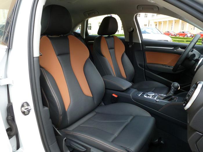 Audi A3 Sedan. 2013. Asientos tapizados en Alcantara y cuero