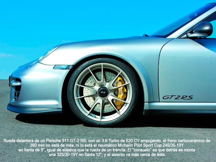 Rueda delantera de un Porsche 911 GT-2 RS