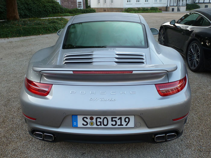 Porsche 911 Turbo. 2013. Color plata rodio metalizado