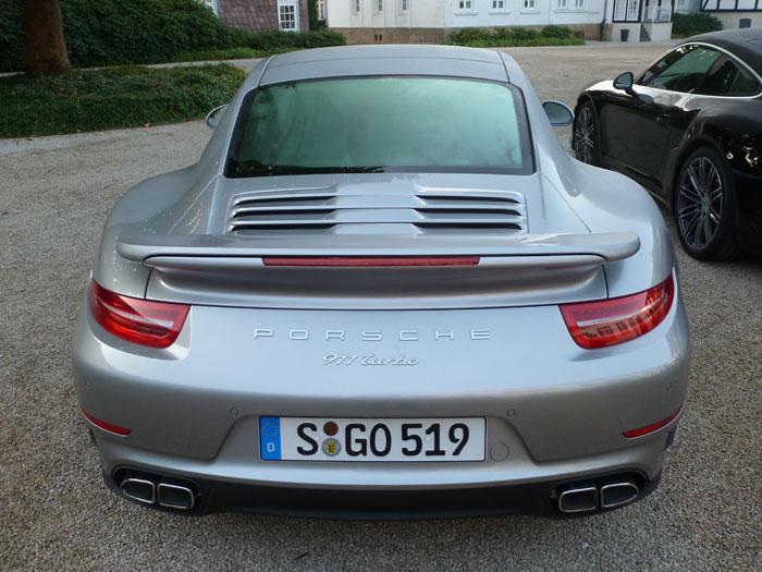 Porsche 911 Turbo. 2013. Color plata rodio metalizado