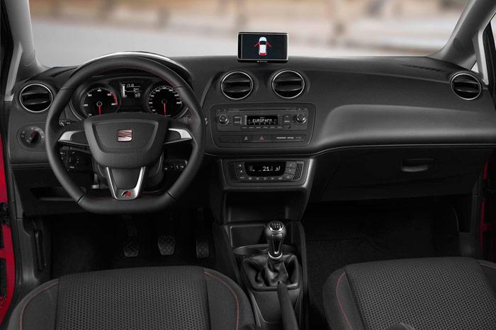 Seat Ibiza FR 1.2. Interior, salpicadero, tapiceria
