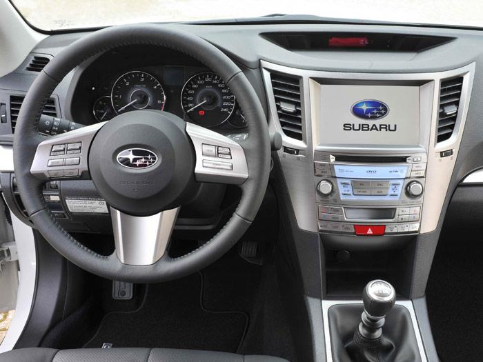 Subaru Legacy Outback 2.0D Lineartronic. Prueba. Interior, salpicadero
