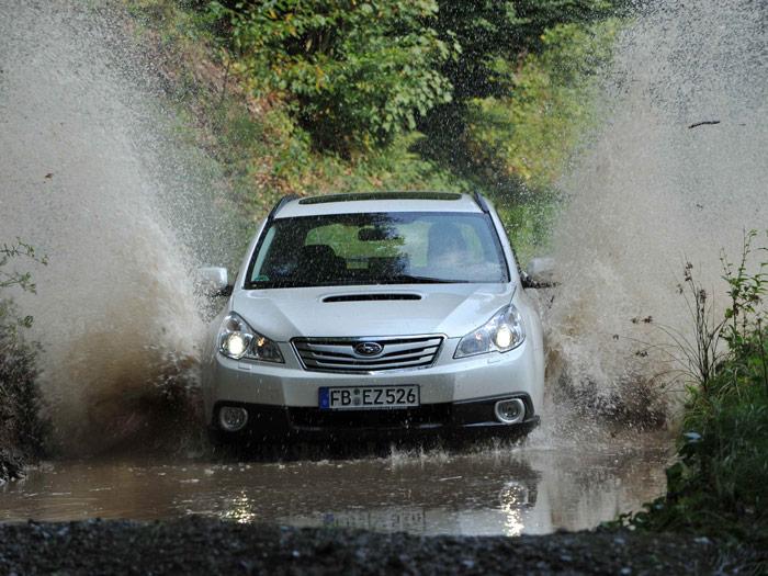 Subaru Legacy Outback 2.0D Lineartronic.