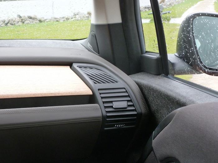 BMW i3 Salpicadero y puerta derecha