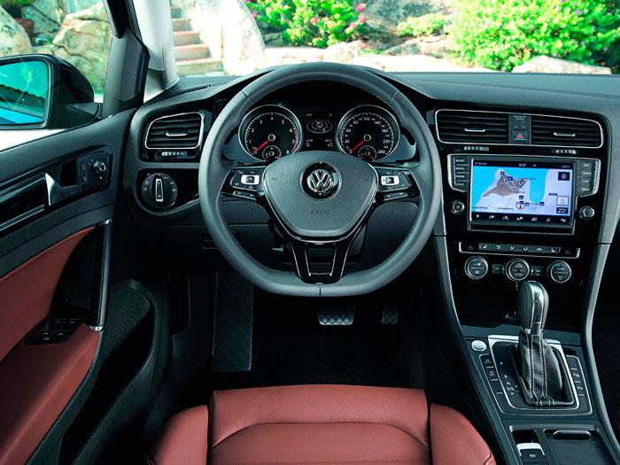 Volkswagen Golf 1.4 TSI. Interior, salpicadero