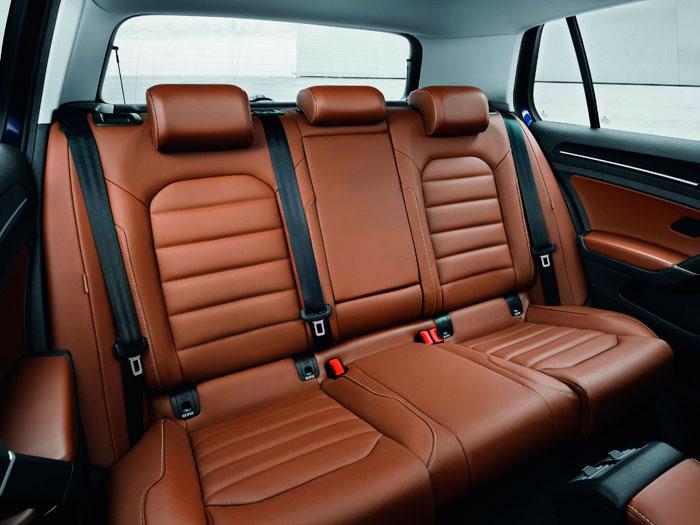 Volkswagen Golf 1.4 TSI. Asientos cuero