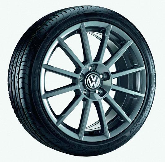 Volkswagen Golf 1.4 TSI. Llanta de 18 pulgadas