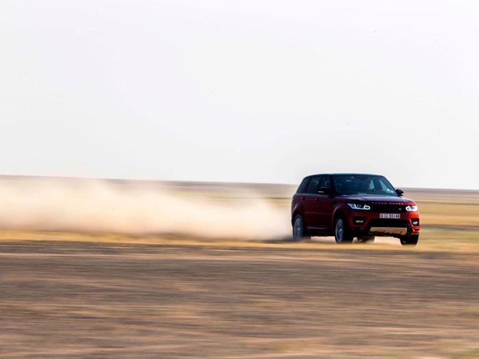 Land Rover Range Rover Sport. Desierto