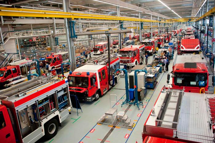 Cadena de montaje. Camiones auto-bomba.  Factoria Magirus