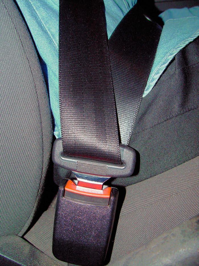 Desde hace ya décadas, el cinturón de seguridad ha demostrado ser el elemento de seguridad pasiva con mejor relación eficacia/coste.