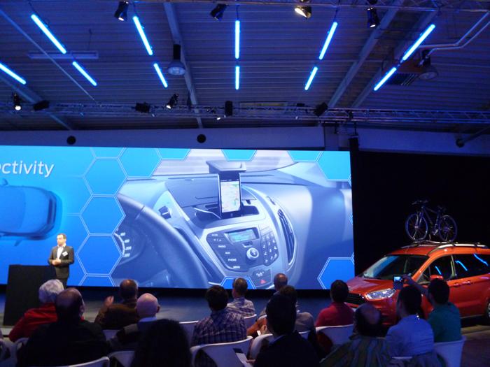 Ford tourneo Courier 2014. Rueda de prensa