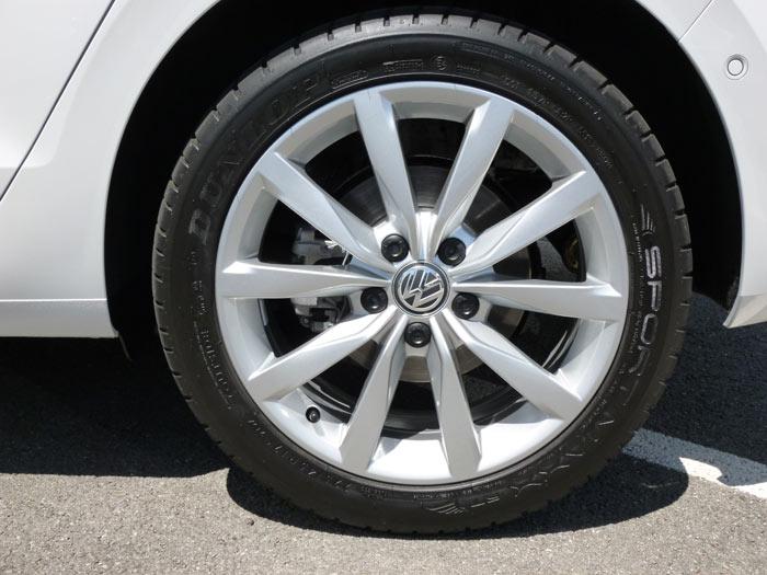 Volkswagen Golf Sportsvan 2014 Llantaa