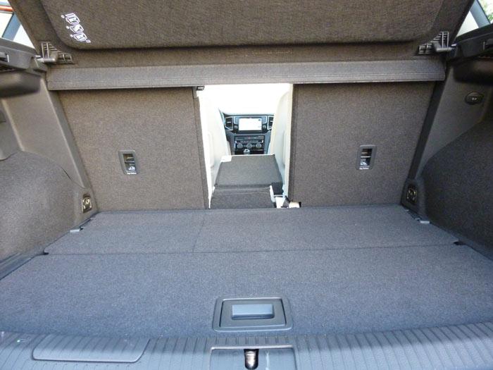 Volkswagen Golf Sportsvan Hoeco maletero.