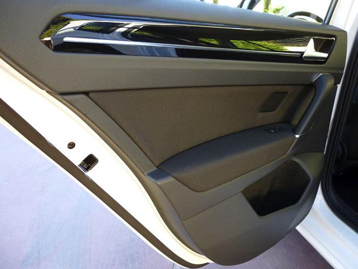 Volkswagen Golf Sportsvan. Puerta trasera.