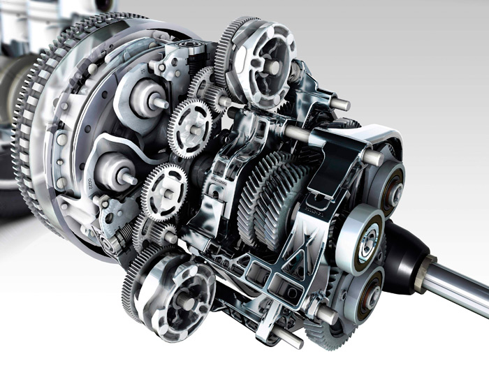 Como todas las transmisiones de doble embrague y triple eje, la EDC resulta muy compleja; y además distinta, ya que su control es eléctrico, y no hidráulico.