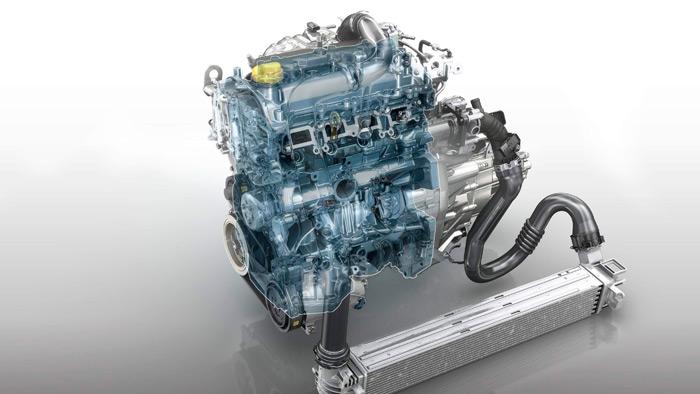 En esta transparencia se aprecia el largo recorrido del aire del turbo al intercooler, y su retorno hasta la culata; asombroso que la respuesta al pedal sea casi instantánea.