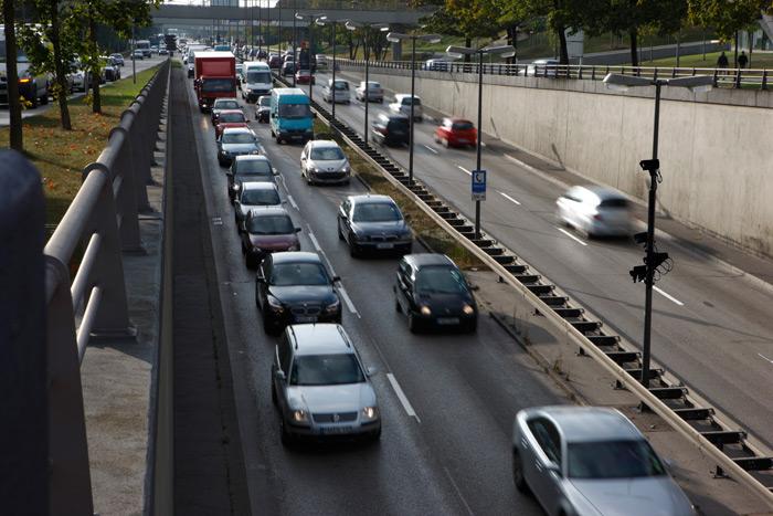 Congestion del tráfico en autovía