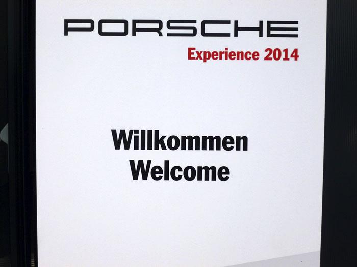 Porsche le da la bienvenida