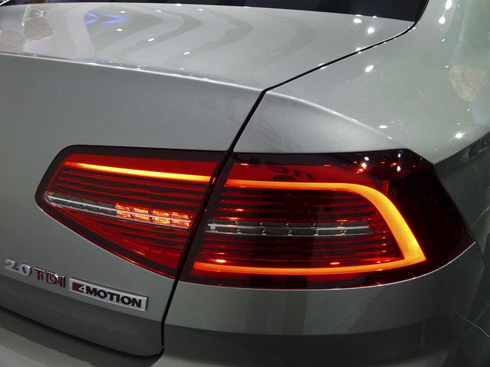 Presentación Volkswagen Passat 2015. Piloto luz diurna