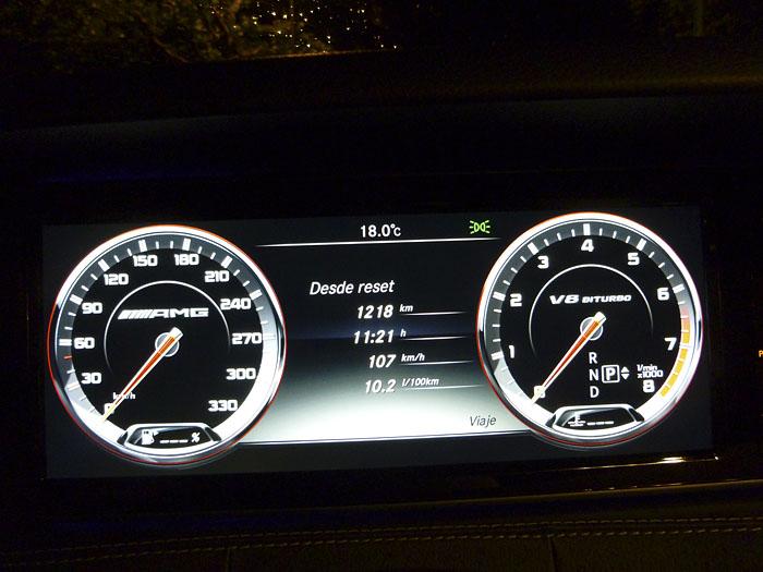 100-Mercedes-Benz-consumo-noche