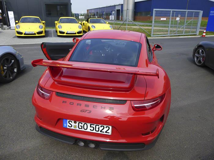 Porsche 911 GT3. Alerón posterior fijo