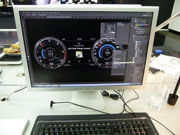 Presentación Volkswagen Passat 2015. Pantalla instrumentos ordenador