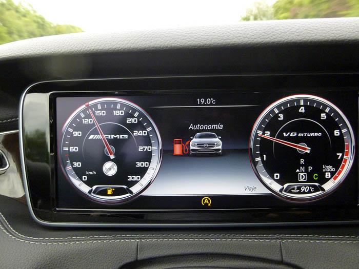 190-Mercedes-Benz-reserva-combustible
