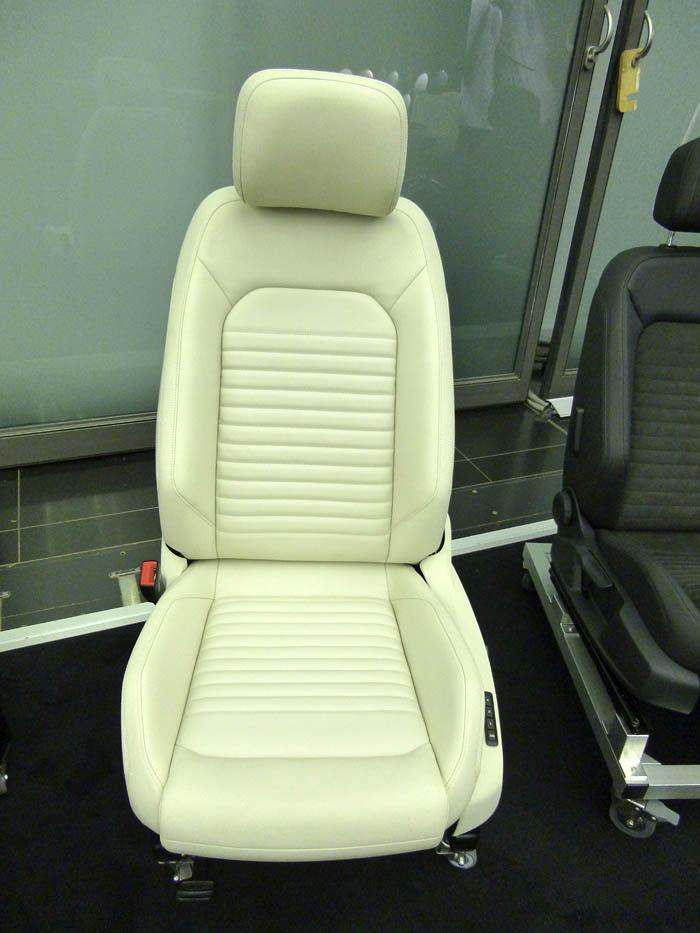 Presentación Volkswagen Passat 2015. Asiento acabado en cuero Vienna
