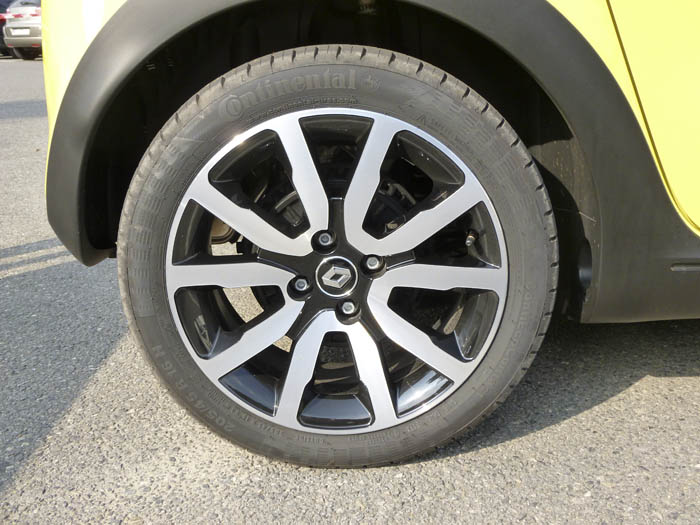 Renault Twingo 2015. Llanta de aleación