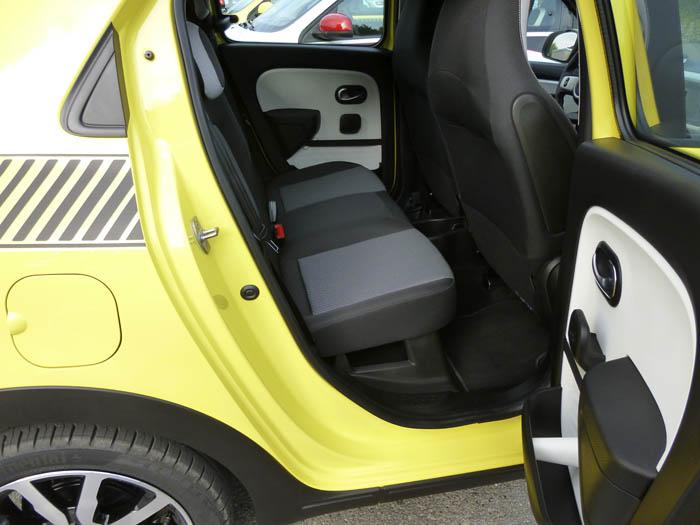 Renault Twingo 2015. Acceso plazas posteriores.