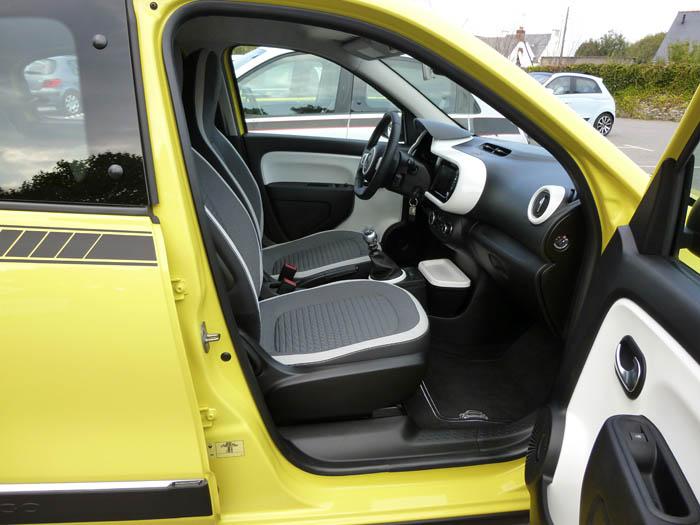 Renault Twingo 2015. Asientos delanteros.