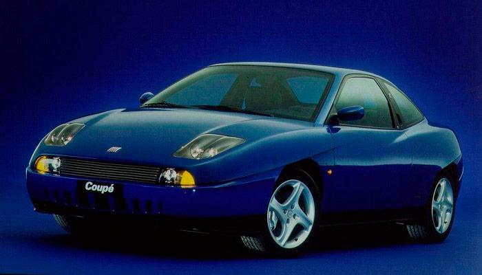 Sobre la plataforma del Tipo, el Fiat Coupé de 1993 también tenía, como el Calibra, una versión Turbo, pero sólo de tracción delantera.