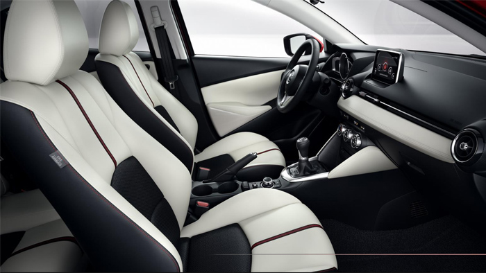 Mazda2 Interior Design. Diseño interior. Front seats. Asientos
