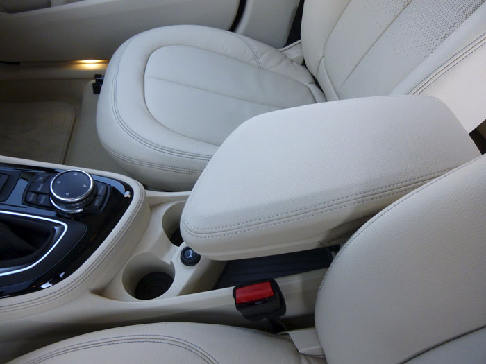 Asiento delantero - BMW 220d xDrive Active Tourer