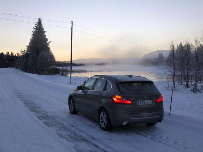 Auroras77. BMW Active Tourer. Noruega. Fiordos. menos 29 grados centígrados.