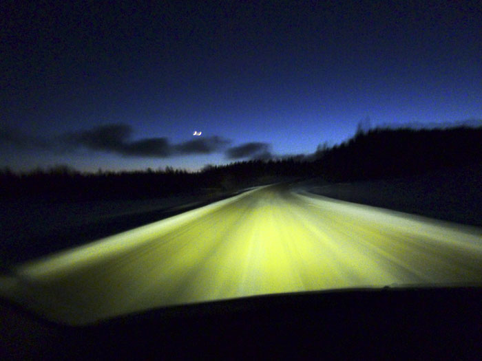 Auroras77 Hielo, frío, nieve, coche y luna