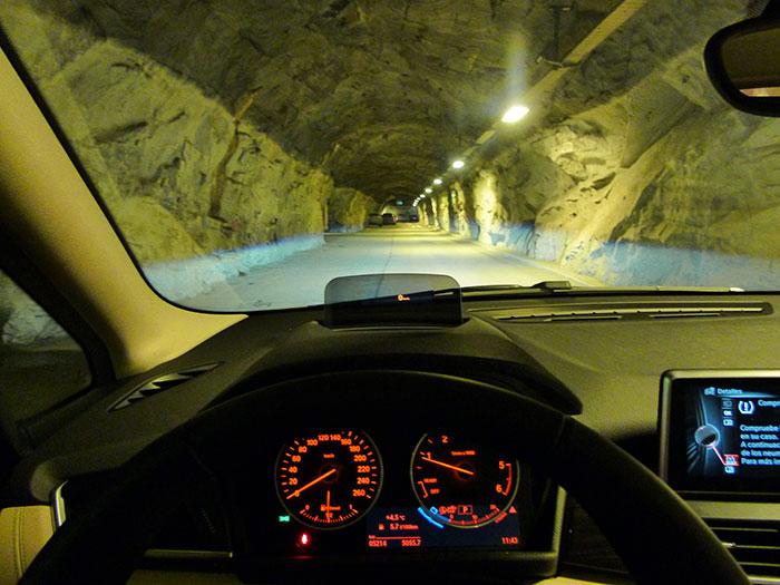 Tromso. aparcamiento subterráneo.
