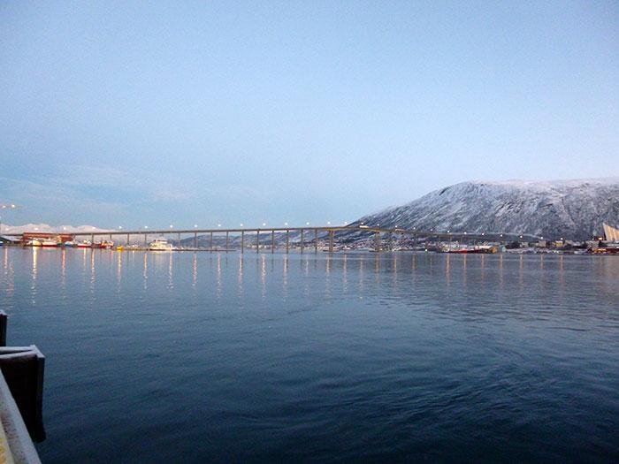 Auroras77. Tromso. Puente.