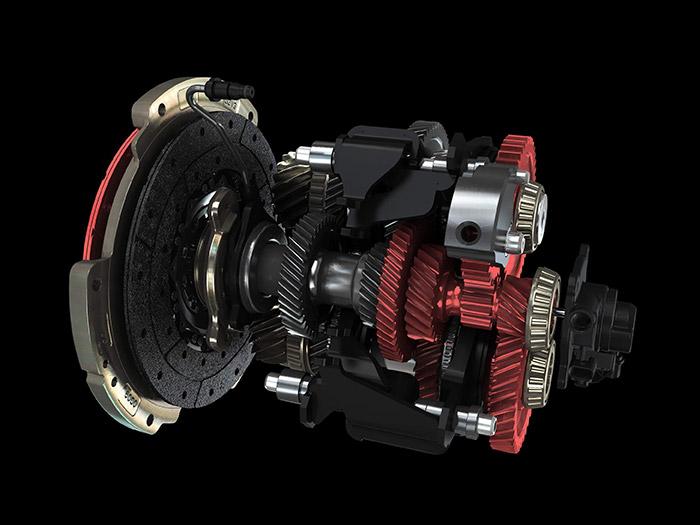 Sección del cambio TCT de doble disco, en el que se indica en rojo la combinación de un embrague con el piñonaje que transmite la tracción de la marcha seleccionada en ese momento.