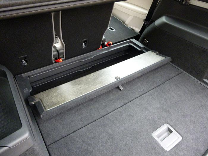 Volkswagen Touran. 5 plazas. Detalle meletero