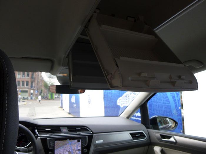Volkswagen Touran. Cajetines en el techo