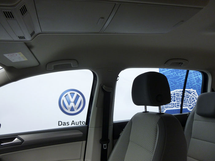 Volkswagen Touran. Cinturones y agarradores