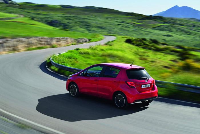 El comportamiento rutero también ha ido mejorando con el paso de las diversas generaciones; sigue siendo un coche bastante cómodo, pero ahora balancea menos que antes.