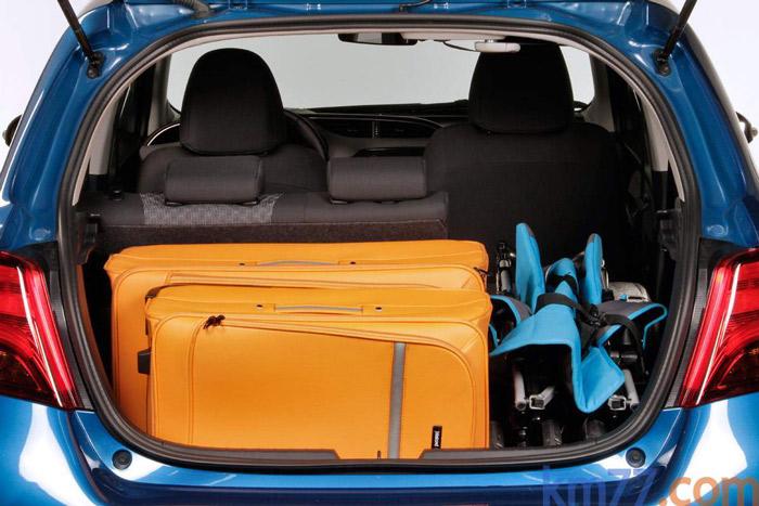 El maletero, con sus 285 litros de capacidad, está en un cubicaje más que razonable para un coche de cuatro metros escasos.